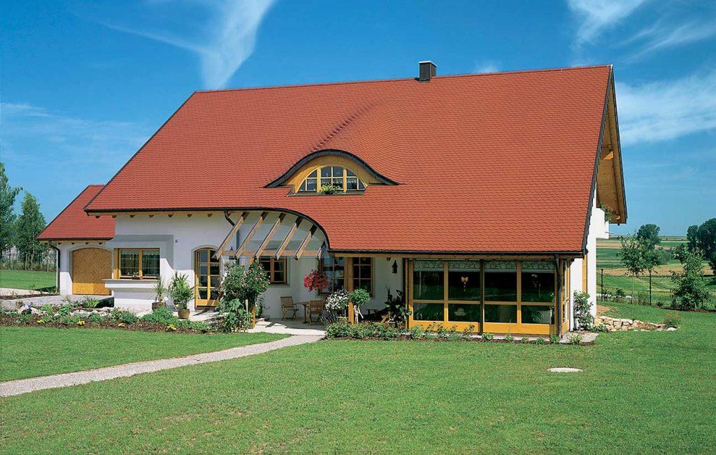 Bedachungen durch die Engelhardt Dach & Wand GmbH