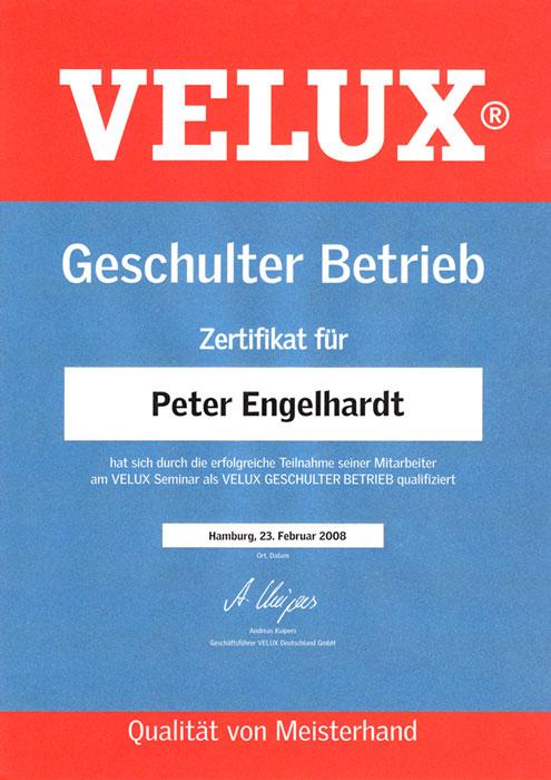 """VELUX-Zertifikat """"Geschulter Betrieb"""" für Peter Engelhardt von der Engelhardt Dach & Wand GmbH"""