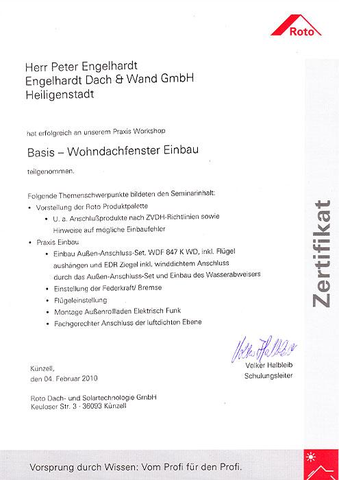 """Roto-Zertifikat für Peter Engelhardt von der Engelhardt Dach & Wand GmbH am Seminar """"Basis - Wohndachfenster Einbau"""""""
