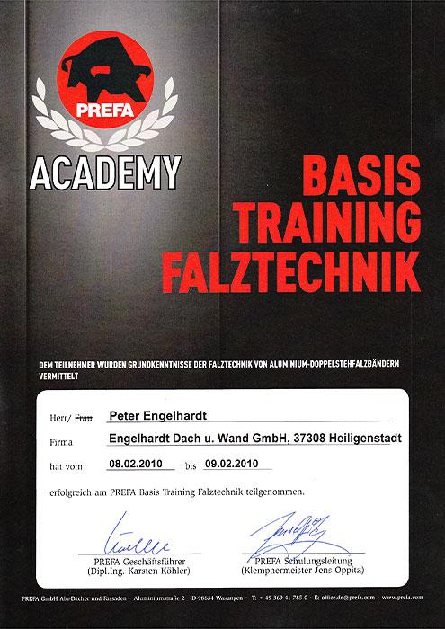 """PREFA-Teilnahmezertifikat für Peter Engelhardt von der Engelhardt Dach & Wand GmbH am Seminar """"Basistraining Falztechnik"""""""