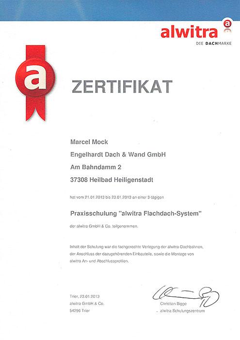 """alwitra-Zertifikat """"Flachdach-System"""" für Marcel Mock von der Engelhardt Dach & Wand GmbH"""
