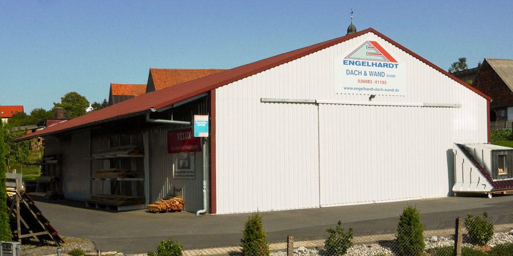 Giebelansicht einer Halle der Engelhardt Dach & Wand GmbH